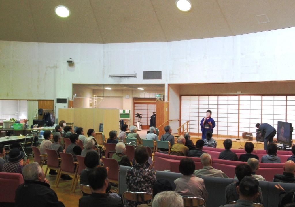 歌姫来所 カラオケボランティアが歌謡ショーに!
